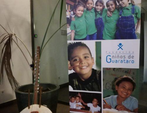 Kora en la cena benéfica Fundación Niños de Guarataro